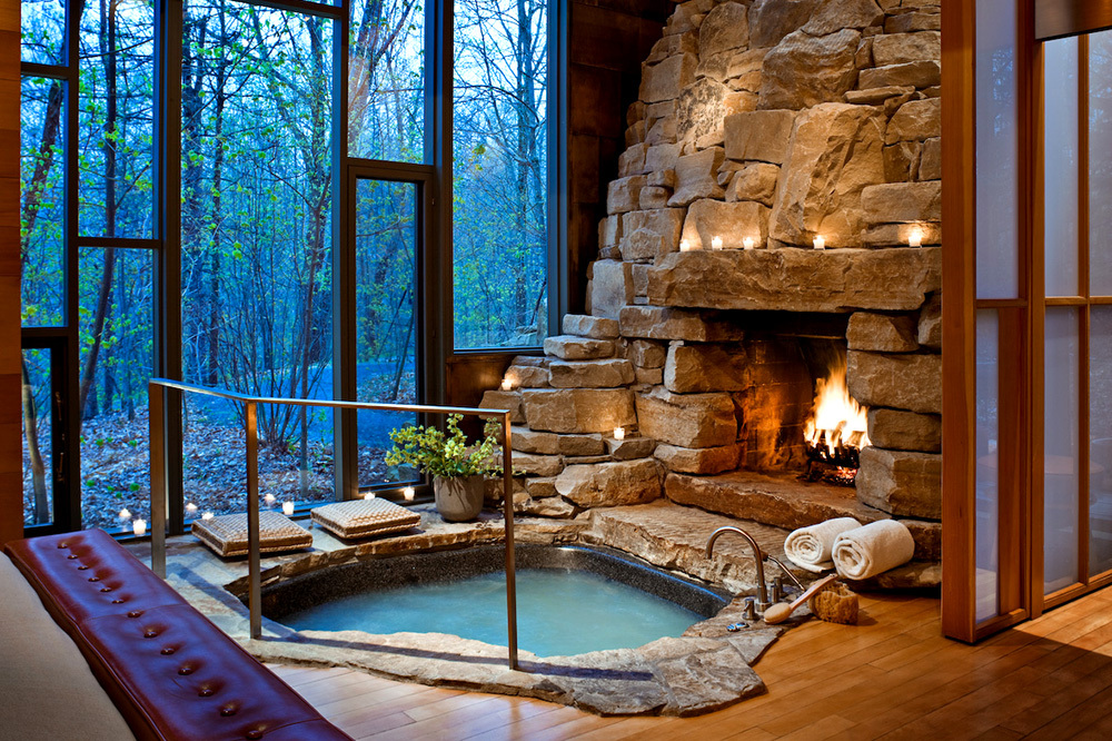 The hot tub of the Aviary Cottage at Twin Farms in Barnard, Vermont