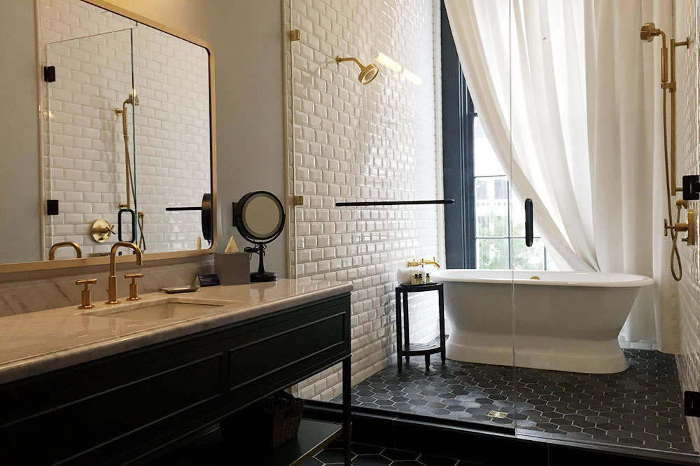 The bath of our Editor's Suite King room at Eliza Jane in New Orleans, Louisiana