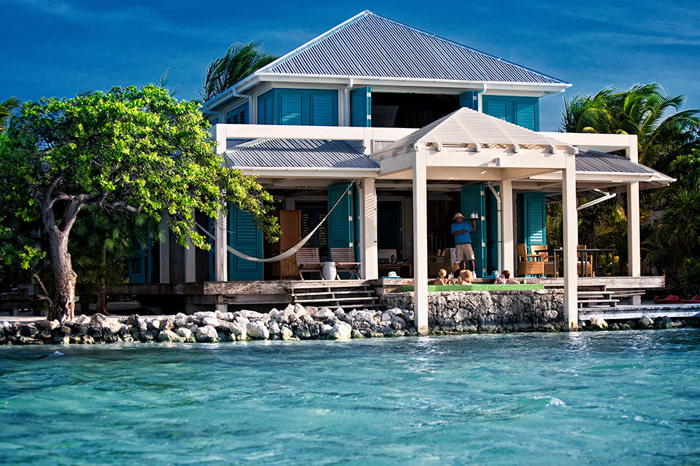 Casa Estrella along turquoise waters at Cayo Espanto in Belize