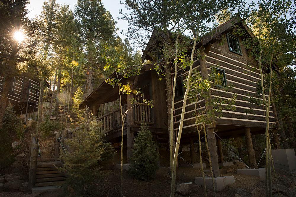 The Broadmoor Cloud Camp   Colorado Springs Cloud Camp Hotel