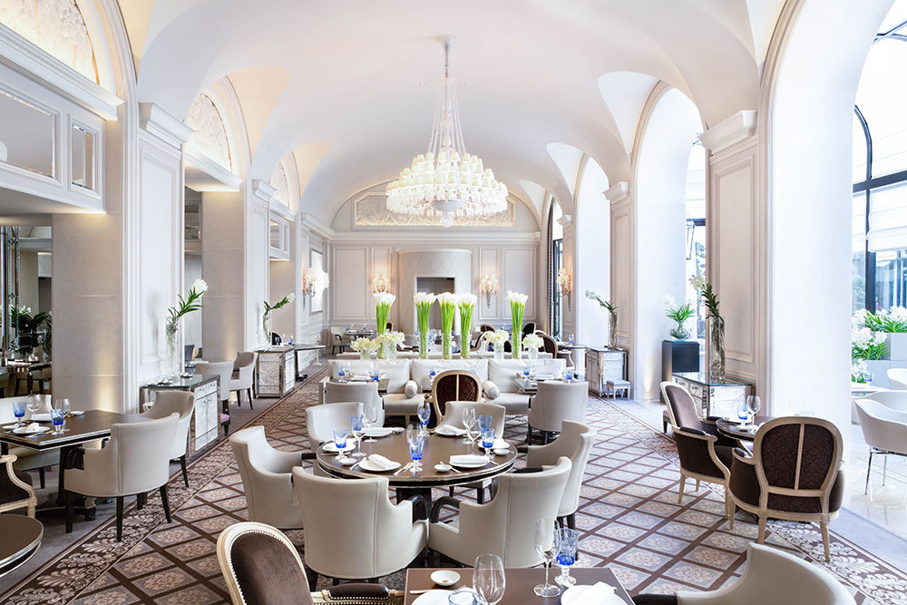 Le George restaurant at Four Seasons Hotel George V Paris