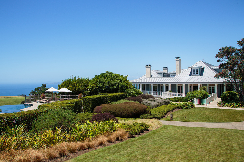 The exterior of The Lodge at Kauri Cliffs in Matauri Bay, New Zealand