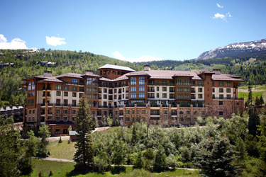 viceroy snowmass exterior credit christian horan