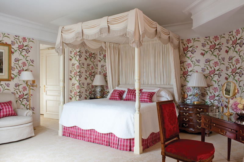 The English suite at Four Seasons Hotel George V Paris