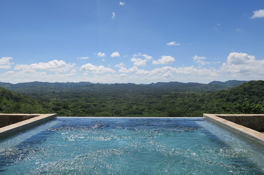 The infinity pool at the Residence at Nekupe in Nandaime, Nicaragua