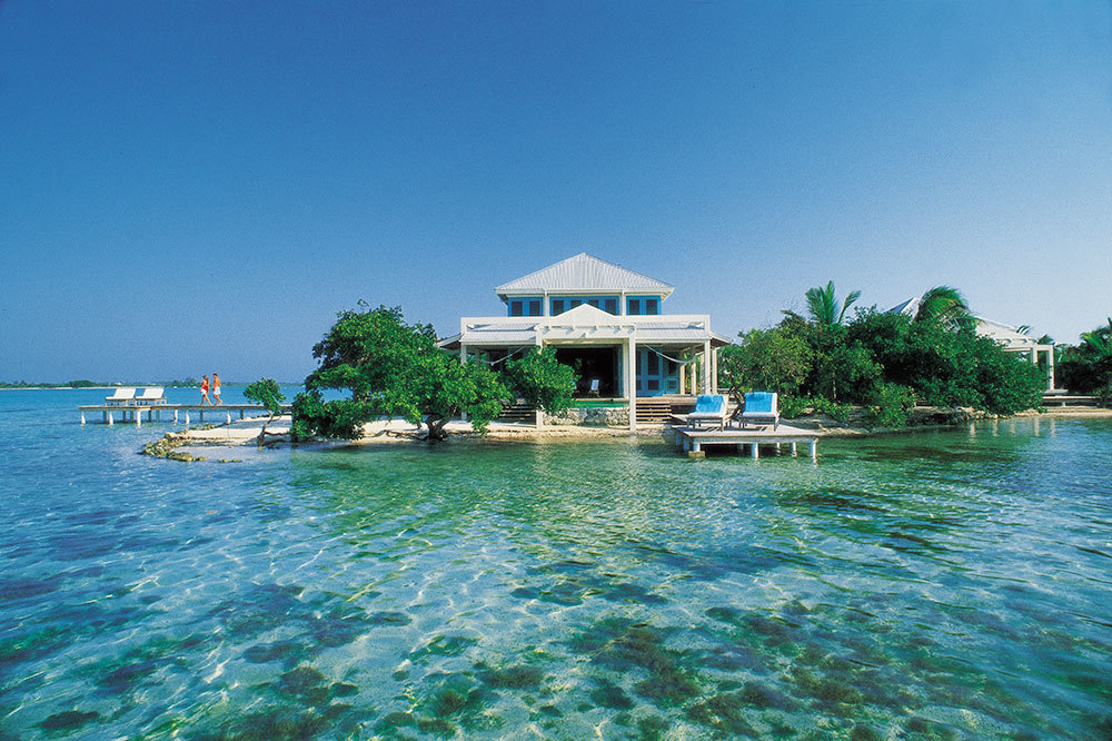 Casa Estrella with private docks at Cayo Espanto in Belize